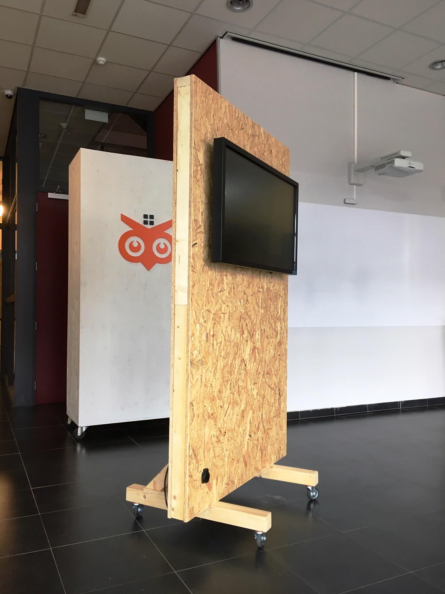 Design Tv Meubel Verrijdbaar.Innovatiecentrum Imagine